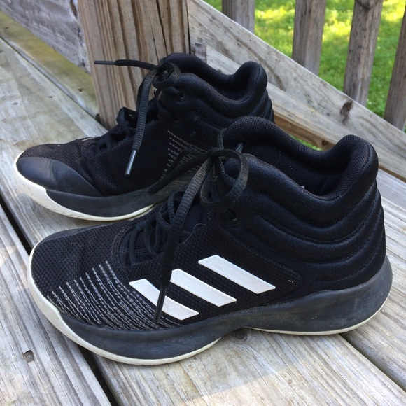 adidas Shoes | Youth Basketball Boys 35
